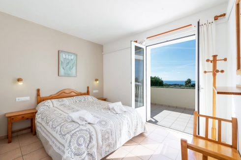 Terra Torre Soli Nou Son Bou double bedroom